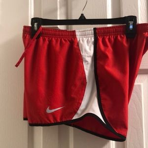 Women's Nike Shorts dry tempo M NWT